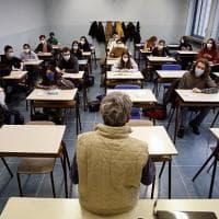"""Scuola, nel prossimo anno in Puglia 11mila studenti in meno: """"Le famiglie vanno via, qui..."""