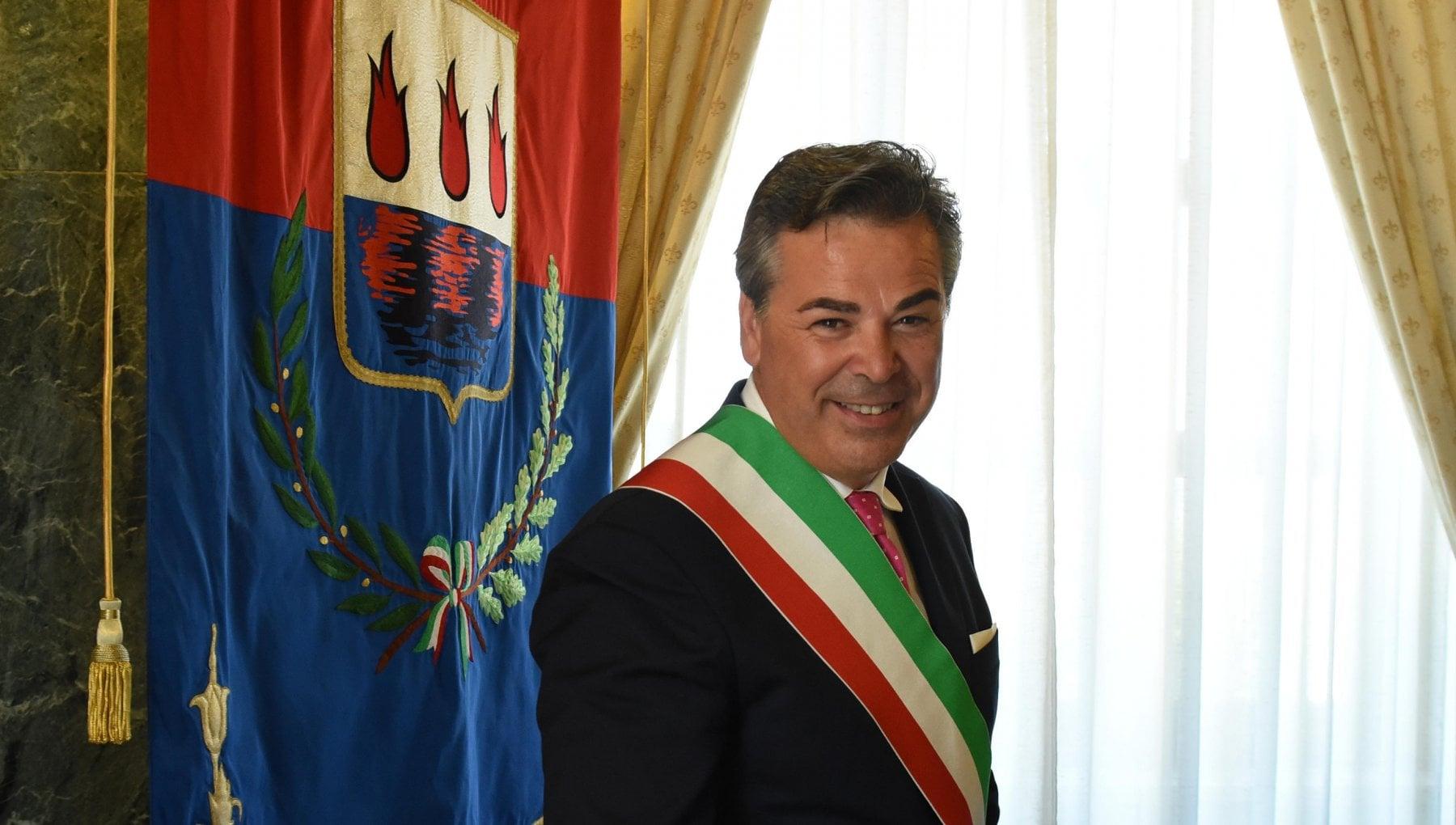 204205640 44b8c8e8 1739 4ac3 9e91 45e0a73f18bc - L'amicizia con Salvini e l'eredità di voti del suocero: chi è Franco Landella, il sindaco arrestato a Foggia