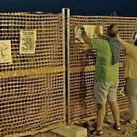 Nardò, la protesta gentile davanti al cantiere dell'idroscalo: nella notte