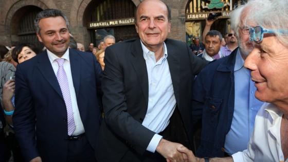 """Bersani: """"Non si gioca a palla con il nome di Berlinguer"""""""
