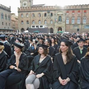Alma Mater superstar: stacca le concorrenti tra le mega università