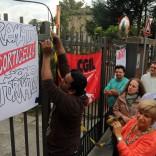 """Pastificio Corticella, nuova protesta dei lavoratori licenziati: """"Dateci ciò  che ci spetta"""" -   foto    di M. BETTAZZI"""