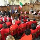"""Single adotta figlio all'estero,  il Tribunale di Bologna: """"Adozione in piena regola, non si revoca""""  di E. CAPELLI"""