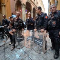 Scontri contro Bankitalia: 19 feriti tra le forze dell'ordine