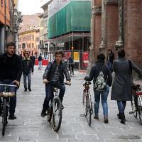 Strada Maggiore, coi T-Days tutti a piedi o in bici