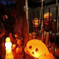 """Vade retro, Halloween"":"