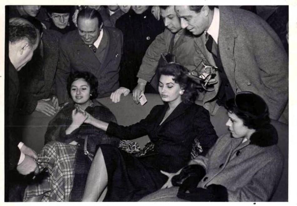 Dal sandalo della Loren al mocassino della Onassis: la Bruno Magli all'asta