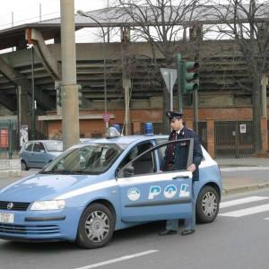 Ultime Notizie: Modena: la polizia trova apparecchio che zittisce gli allarmi delle case