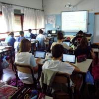 Scuola, violano registro elettronico e si alzano i voti