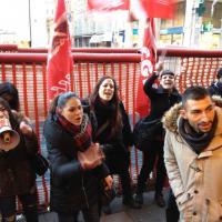 """""""Abuso di precarietà"""": sciopero a oltranza da Alcott"""