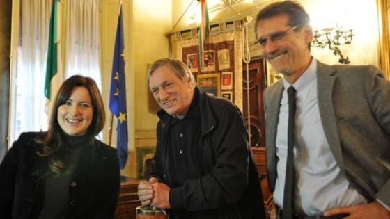 """Don Ciotti al sindaco anticemento: """"Anche a Bologna un sistema come quello mafioso"""""""