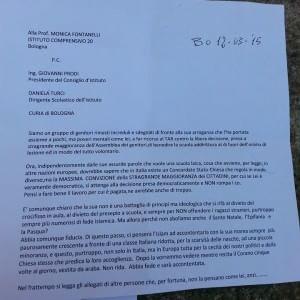 Benedizioni a scuola, lettera anonima contro una maestra