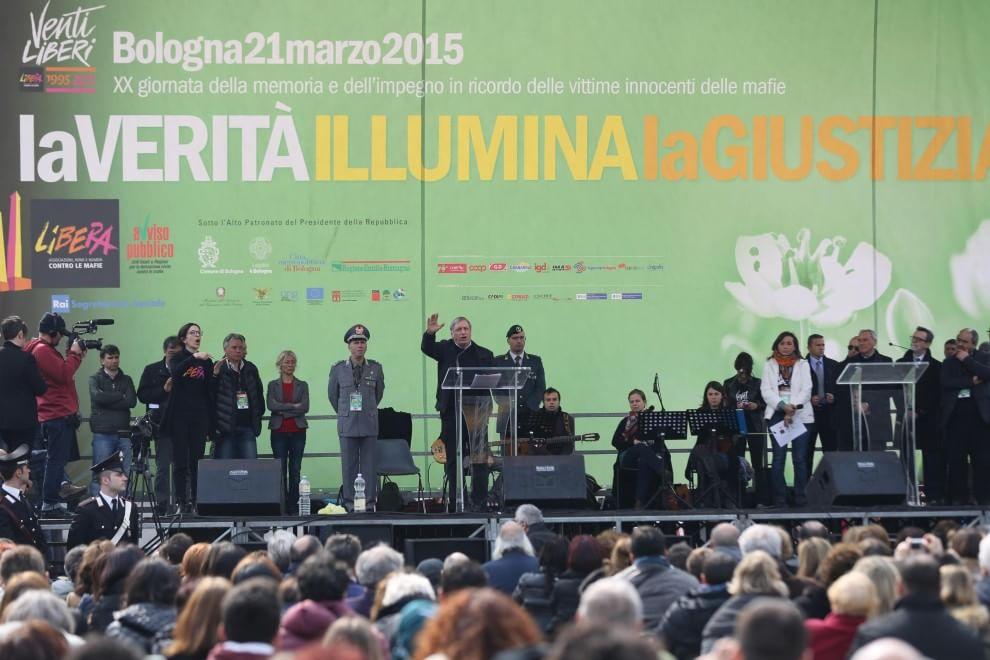 Libera a Bologna, Don Ciotti sul palco