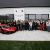 Sei mesi a scuola, poi in fabbrica (pagati): via al modello Lamborghini-Ducati