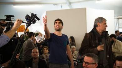 Giannini contestata abbandona la festa Pd Renzi: un insegnante non si comporta così    ft