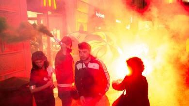 I No Expo per le strade del centro fumogeni e vernice sulle vetrine   (fotoservizio di M.PAOLONE/Eikon studio)