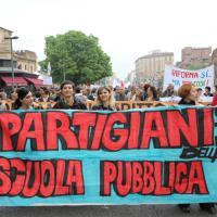 Bologna, il corteo contro la riforma della scuola