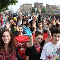 In mille a Bologna per difendere la scuola: 'E' nelle nostre mani'