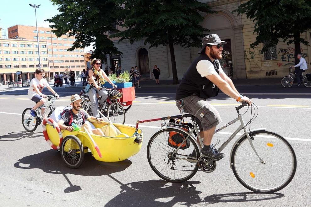 C'è il Bike Pride, Bologna in mano ai ciclisti