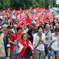 La marcia dei lavoratori contro il governo Renzi