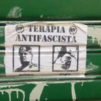 Ferrara, foto con cadavere Mussolini davanti a sede della Lega Nord