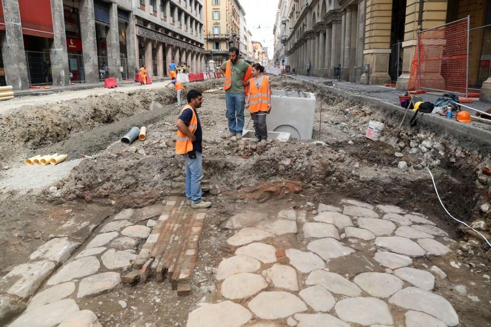 """Bologna, spunta la via Emilia romana ma """"sarà sepolta per altri duemila anni"""""""