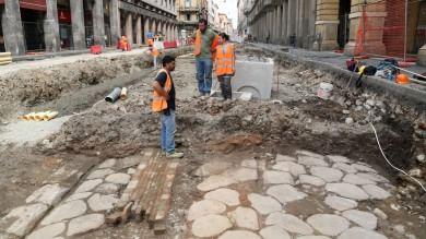 "Via Ugo Bassi, la via Emilia romana ""tombata per altri duemila anni""   Foto"