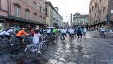 In bici all'alba nel centro della città: è la SunRise BikeRide