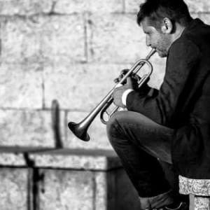 Domani a Castel Maggiore l'ultimo saluto al trombettista Marco Tamburini
