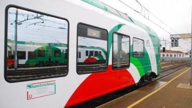 Disagi e ritardi, ai pendolari  un mese di abbonamento gratis