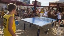 Ping-pong con le uova    e lancio della ciabatta:  gli sport più strani
