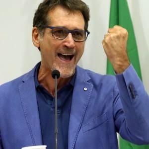 Il Pd vota Merola all'unanimità, Sermenghi si ritira