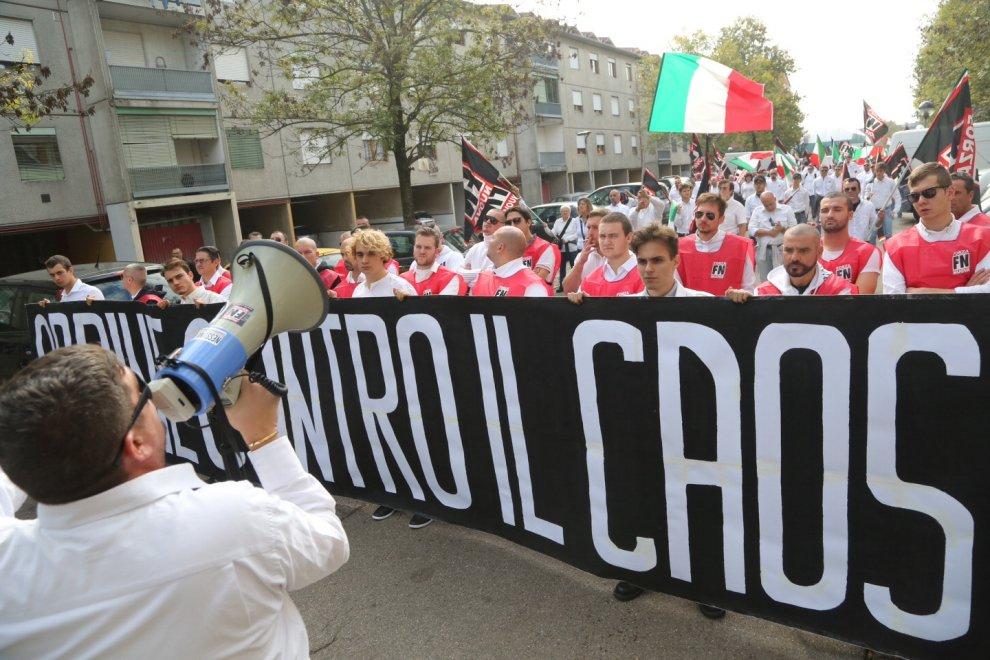 Forza Nuova, 400 militanti a Bologna: via Mattei blindata