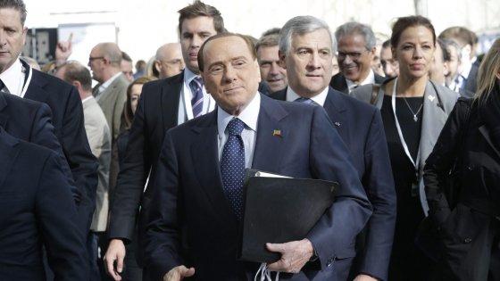 """Berlusconi: """"Andrò alla manifestazione della Lega a Bologna"""""""