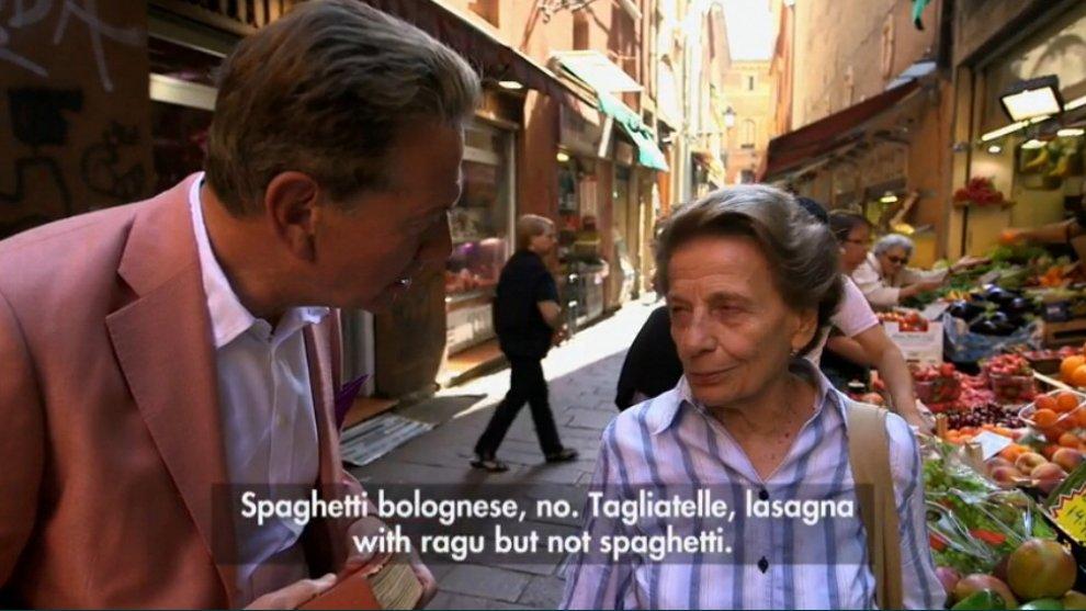 """""""Gli spaghetti alla bolognese non esistono"""": per fortuna ora lo dice anche la Bbc"""