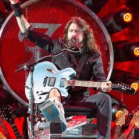 I Foo Fighters aprono il tour