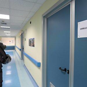 Assenteismo in corsia: Modena, denunciato medico sorpreso a far la spesa in orario di lavoro