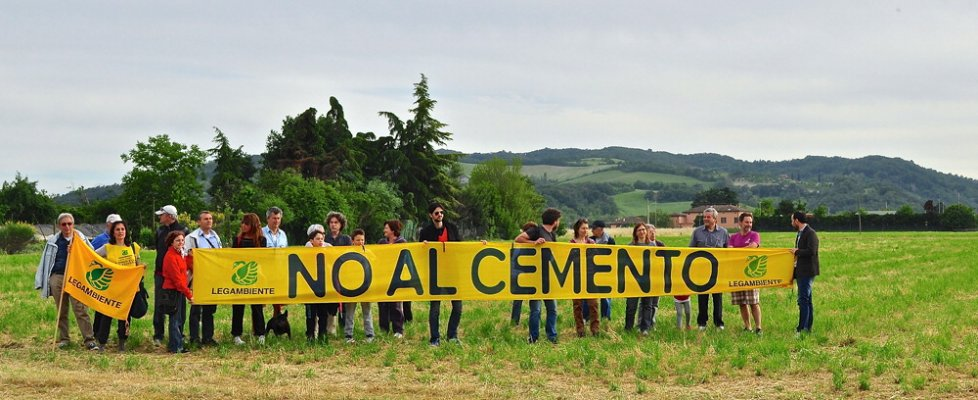 Ambiente, così il cemento si mangia l'Emilia-Romagna
