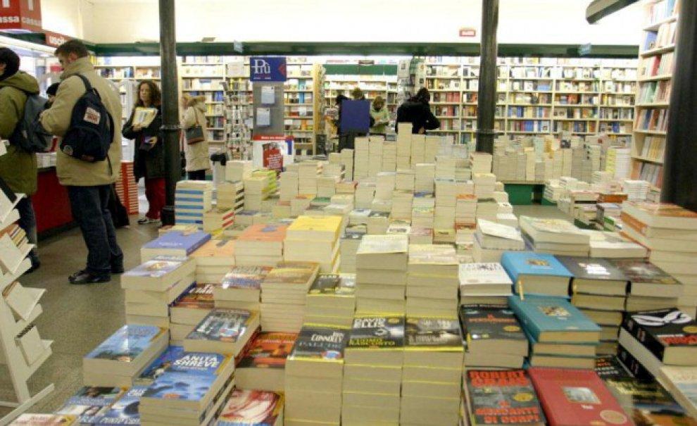Cosa legge Bologna? I 50 libri più venduti alla Feltrinelli negli ultimi 15 anni