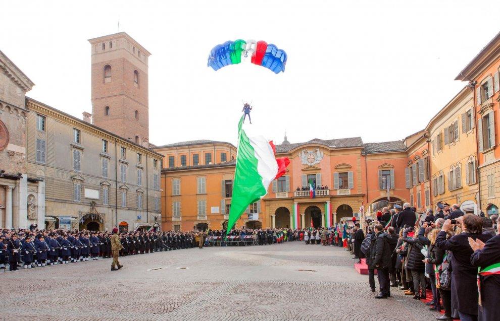 Festa del Tricolore, a Reggio Emilia Boldrini celebra i 219 anni della bandiera italiana