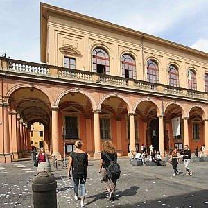 Bologna, mezzo milione per il teatro Comunale - Repubblica.it