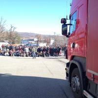 Bologna, alla Saeco i lavoratori bloccano i tir in uscita