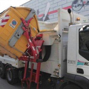 Bologna, la procura indaga sulla raccolta dei rifiuti