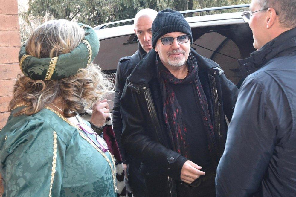 Bologna, una star in corsia, l'iniziativa dell'onlus: arriva Vasco con Curreri