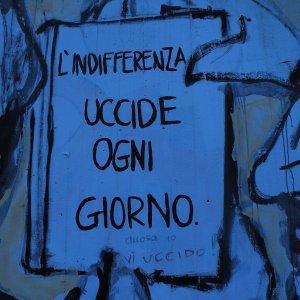 Carpi, scritte vandaliche deturpano i murales dedicati a Falcone e Borsellino