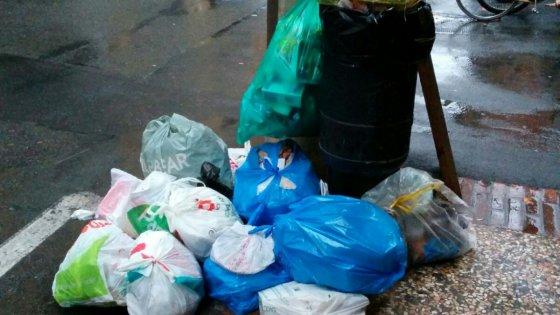 Bologna, contro l'abbandono dei rifiuti arrivano le telecamere di Hera