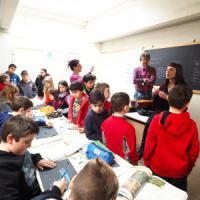 Bologna, la scuola di frontiera che ha solo 10 nuovi iscritti: una festa per rilanciarla
