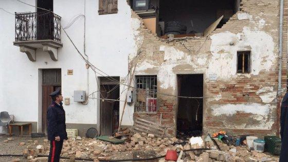 Esplosione in una casa colonica nel Bolognese: una persona è gravissima