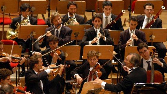 Bologna, il crowdfunding per riascoltare l'indimenticata orchestra Mozart