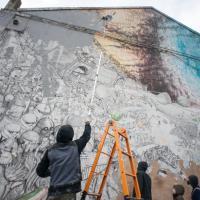 Bologna, Blu cancella le sue opere contro la mostra sulla street art
